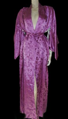 ORIENTAL ASIAN BAMBOO   FLORAL SILKY SATIN PEIGNOIR WITH HUGE SLEEVES IN  PLUM BLOSSOM 6db453696