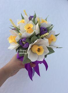Paper Flower Backdrop, Paper Flowers, Backdrops, Succulents, Floral Wreath, Easter, Wreaths, Plants, Inspiration