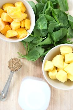 5 INGREDIENT SOY & FLAX GREEN SMOOTHIE // 1 cup unsweetened soy milk, 1 large handful of spinach, 1 cup frozen mango, 1 cup frozen pineapple, 1 Tbsp ground flaxseed.