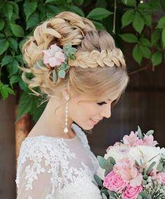 Elegant bridal hairstyles for long hair (10)