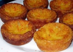 portuguese milk cajadas Recipe - Yummy this dish is very delicous. Let's make portuguese milk cajadas in your home! Tart Recipes, Sweet Recipes, Dessert Recipes, Cooking Recipes, Cheesecake Desserts, Portuguese Desserts, Portuguese Recipes, Portuguese Food, Portuguese Biscoitos Recipe
