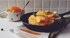 重生恰巴達 ☞ 羅勒恰巴達 ✎ 好雞蛋 ✎ 巧達起司片 ✎ 芥末籽醬 ✎ 日式美乃茲 ✎ 紫色高麗菜苗 ✎ 玫瑰鹽 ✎ 水果:時令茂谷柑