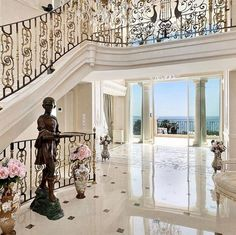 Sale - Villa Vallauris (Super Cannes) in Vallauris, France. Luxury Real Estate for sale. Villas, Billionaire Homes, Plans Architecture, New Number, Marble Columns, Mega Mansions, Tonne, House Goals, Luxury Lifestyle