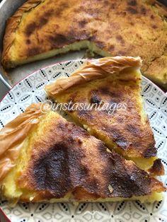 Υλικά 3 φύλλα κρούστας ή και περισσότερα κατά βούληση 1 λίτρο γάλα 1 φλιτζάνι τσαγιού σιμιγδάλι ψιλό 1 κ.σ corn flaour 1 βανιλετα 2 αυγά 2 κ.σ γεμάτες βούτυρο 1,5 φλιτζάνι τσαγιού ζάχαρη Ξύσμα πορτοκαλιού... French Toast, Pork, Food And Drink, Meat, Breakfast, Kale Stir Fry, Morning Coffee, Pork Chops
