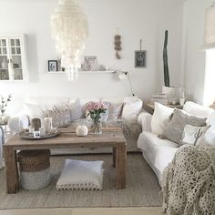 Una Casa Luminosa Que Vivió Una Segunda Oportunidad | Decoracion |  Pinterest | Living Rooms, Salons And Room