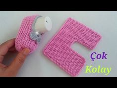 VERY EASY WAYMODEL / baby shoes / very light baby shoes, shoes # SIMPLE Crochet Baby Combat Boots – ideas for baby room Crochet Baby Combat Boots – Claire C. Baby Booties Knitting Pattern, Baby Hats Knitting, Crochet Baby Booties, Crochet Slippers, Knitting For Kids, Baby Knitting Patterns, Baby Patterns, Hand Knitting, Knit Crochet