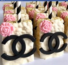 Chanel Cake, Chanel Party, Chanel Cupcakes, Sweet 16 Birthday, 50th Birthday Party, Geek Birthday, Birthday Cakes, Chanel Birthday Cake, Chanel Baby Shower