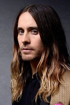 Jared Leto Blonde Ombre Hair, Ombre Hair Men, Men Hair, Jared Leto Long Hair, Ombré Hair Caramel, Pastel Ombre, Long Hair Cut Short, Shannon Leto, Just Jared