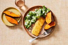 Poffen maar, die zoete aardappel! En de kaas, die loopt zo de schnitzel uit. Mexican, Vegetarian, Cooking, Ethnic Recipes, Food, Salads, Kitchen, Kochen, Meals