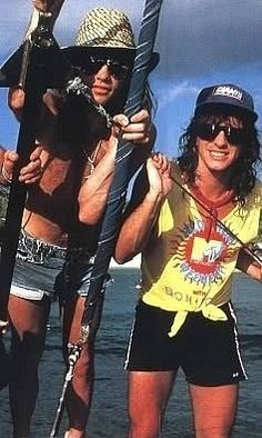 I remember this! Mtv did 'Hedonism Weekend' with Jon Bon Jovi & Richie Sambora. I watched every minute.