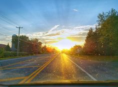 Road back up into Québec. This is how I feel whenever I return to Montréal. Make home where the light shines brightest.