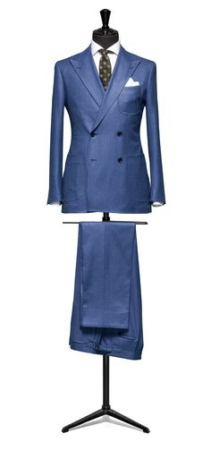 Luxury Vintage Madrid offers you the best selection of contemporary and classic clothing in the world. Modern Mens Fashion, Mens Fashion Suits, Men's Fashion, Affordable Mens Suits, Mens Tailored Suits, Suit Combinations, Blue Suit Men, Suit And Tie, Well Dressed Men