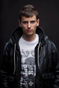 Check out Mike Tompkins on ReverbNation