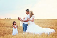 """LOVE Oklahoma wheat fields and family photo shoots. """"A little vintage country photo shoot..."""" Visit www.junkobsessed.com for more! #newborn, #photography #Oklahoma"""