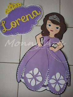 Painel Princesa Sofia com letreiro personalizado. Alt.: 1,20m