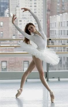 Ballerina: This is so gonna be me when I'm a professional dancer someday!!!!