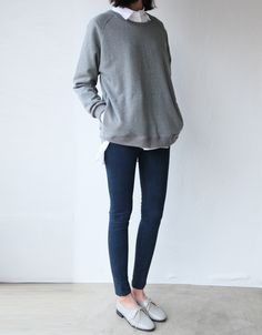 Collared shirt with oversize pullover & cute low-heeled shoes!