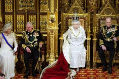 The Top of the Pyramid: The Rothschilds, The British Crown and the Vatican Rule The World