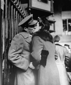 Alfred Eisenstaedt. Goodbye between soldiers and their sweethearts after a brief leave in 1944, at Penn Station, NYC.