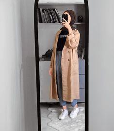 Modern Hijab Fashion, Street Hijab Fashion, Hijab Fashion Inspiration, Islamic Fashion, Muslim Fashion, Casual Hijab Outfit, Hijab Chic, Mode Outfits, Fashion Outfits