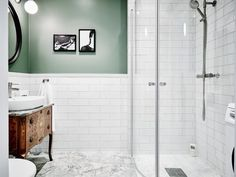 Choosing the Right Bathroom Vanity Bathroom Vanity, Bathroom Interior, Bathroom Decor, Bathroom Renos, Bathroom Interior Design, House Interior, Green Bathroom, Swedish House, Bathroom Design