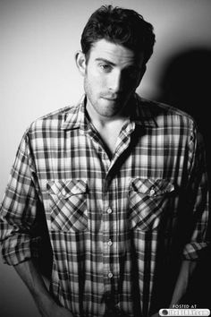 Bryan Greenberg.♥ ohh i love him