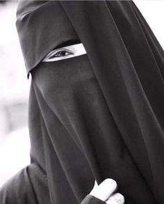 Niqab Fashion, Modern Hijab Fashion, Muslim Women Fashion, Fashion Hub, Hijab Niqab, Muslim Hijab, Mode Hijab, Hijab Outfit, Arab Girls Hijab