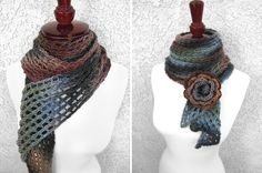 Ths scarf is so lacey and the flower is very elegant.  I am putting this on the list to make