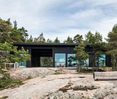 Contemporary Cabin, Scandinavian Architecture, Summer Cabins, Haus Am See, Cottage, Prefab Homes, Cabins In The Woods, Cabin Rentals, House Floor Plans