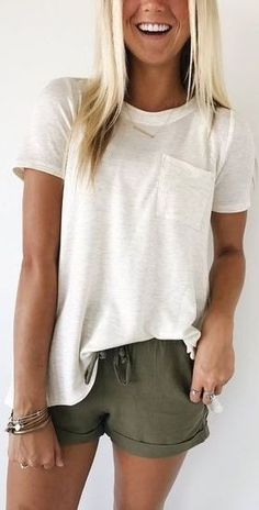 fashion womens olive green shorts top simple summer look fashion womens Green Shorts Outfit, Olive Green Shorts, Shorts Outfits Women, Mode Outfits, Casual Outfits, Women's Casual, Casual Shorts, White Short Outfits, White Casual