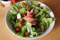 Vegetable Tuna Salad: Provides protein, vitamins & fiber to replenish and build the muscles. Tuna Salad, Cobb Salad, Perfect Body, Vitamins, Protein, Dishes, B6 B12, Vegetables, Healthy