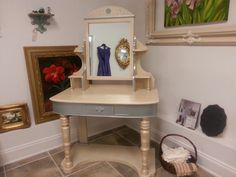 Vintage Glam Vanity...What a makeover with van Gogh Furniture Paint and Furniture Makeup!