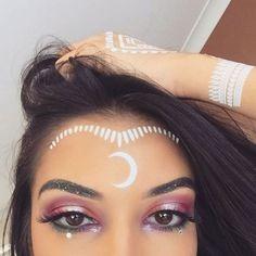 Eye Makeup Tips.Smokey Eye Makeup Tips - For a Catchy and Impressive Look Indian Makeup Halloween, Alien Halloween Makeup, Alien Makeup Ideas, Halloween Makeuo, Makeup Art, Makeup Hacks, Fairy Makeup, Makeup Eyes, Mermaid Makeup