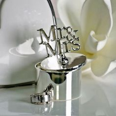 Ringdose Mr. & Mrs. Mr Mrs, Shops, Mr And Mrs Wedding, Dose, Toothbrush Holder, Celebration, Tents, Toothbrush Holders, Retail Stores