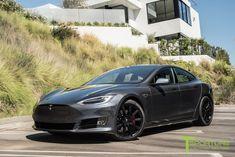 Tesla Model S - Midnight Silver w/ black turbine rims Tesla Model S Black, Tesla Model X, Tesla S, Tesla Motors, Tesla Car Models, Tesla Turbine, Hybrids And Electric Cars, 20 Inch Wheels, Eco Friendly Cars