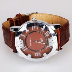 Leather Quartz Watch Brown - If you are looking for a cool and stylish wrist watch, then you come to the right place. Here we strongly recommend you this wrist watch. Made of high quality material, the wrist watch is durable. Feature specially designed watch band, the wrist watch wears comfortable... http://www.shobbit.com/?refid=461637ab