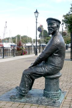 "Statue of John ""Yankee Jack"" Short on the harbour front at Watchet, Somerset. When It Rains, Piece Of Me, Somerset, Devon, Cornwall, Places Ive Been, Britain, Coastal, Statue"