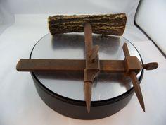 antikes Werkzeug Zirkel Anreißer Hirschhorn Griff Gerät Schmiedeeisen
