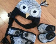 Crochet owl baby gift set, crochet  owl hat,t booties, diaper cover, coordinating owl embroidered one piece.