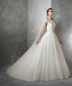 Tamira, robe de mariée ornée de pierres fines, silhouette princesse