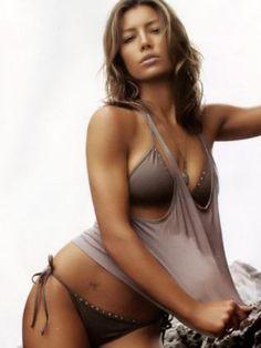 Jessica Biel (USA)   Sexy Model and Actress Profile photos - Pos Muara