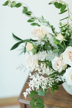 Floral Designs, Garden Styles, Wedding Flowers, Floral Wreath, Table Decorations, Future, Home, Floral Crown, Future Tense