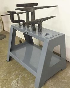 Metal Working Tools, Old Tools, Artist Workspace, Fabrication Tools, Tool Stand, Metal Shaping, Black Smith, Blacksmith Tools, Metal Forming