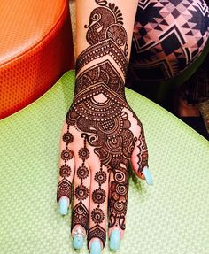 Apply these best Party Mehndi design that helps in bringing out your beauty. Here are Some Trendy and stylish Party Mehndi Designs. Pakistani Mehndi Designs, Latest Bridal Mehndi Designs, Simple Arabic Mehndi Designs, Back Hand Mehndi Designs, Mehndi Designs 2018, Modern Mehndi Designs, Mehndi Designs For Beginners, Mehndi Designs For Girls, Wedding Mehndi Designs