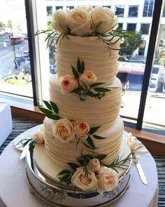 great vancouver wedding P + K 's wedding gorgeous wedding cake #vintage #garden #gardenrose #coral #weddingcake #pacificrim #fairmontpacificrim #pegahwedskyle #VancouverFlorist #bride #engaged#bridetobe #happilyeverafter #beautifuldayforawedding #SunflowerFlorist by @vancouverflower  #vancouverengagement #vancouverflorist #vancouverwedding #vancouverweddingcake #vancouverwedding