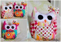 Hoot Hoot! Owl Tooth Fairy Pillow Pattern by Modkid Blogged: http://ourtwobutterflies.org/hoot-hoot-mod-owl-stuffie/