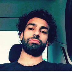 mosalah #mosalah2 Muhammed Salah, Egyptian Kings, Mo Salah, Club World Cup, World Cup Winners, Couple Romance, You'll Never Walk Alone, Liverpool Fc, The Help