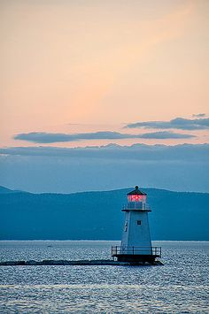 Sunset On Lake Champlain Lighthouse - Burlington, Vermont New England Lake Champlain, Oh The Places You'll Go, Places To Travel, Places To Visit, Burlington Vermont, New England States, All Nature, East Coast, Beautiful Places