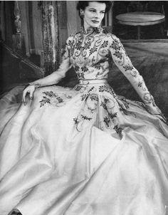 1952  Balmain