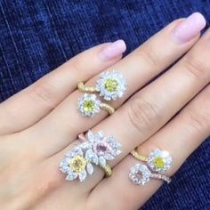 Kahn Hoey. Colored Diamond Rings.  #luxuryjewelry #awesome #highjewelry…